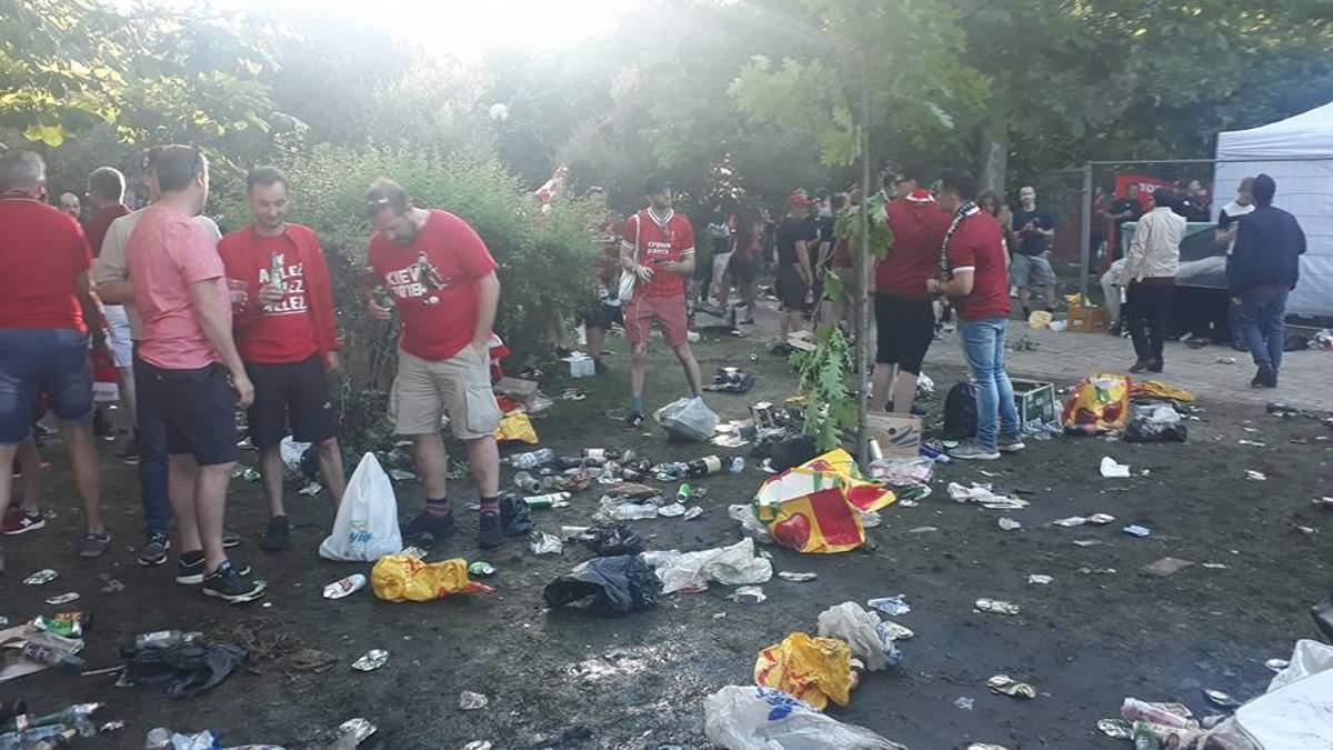 Горы мусора и бутылки в фонтане: обратная сторона Лиги чемпионов в Киеве