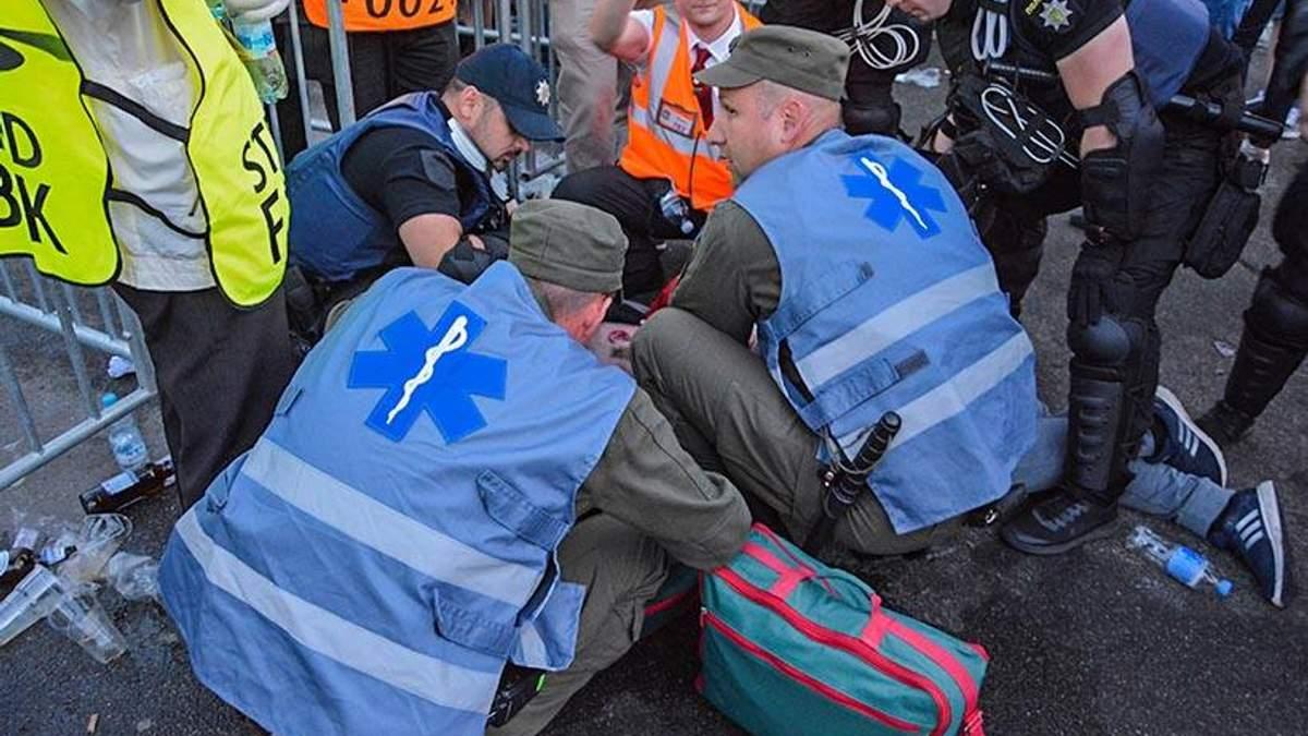 У Києві нацгвардійці врятували життя футбольному уболівальнику, який прийшов на фінал ЛЧ