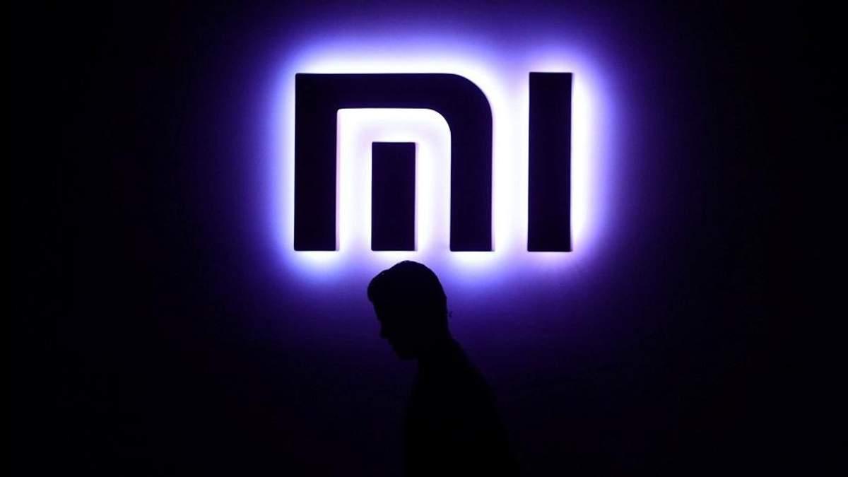 Xiaomi Mi8 получит обычный дактилоскоп