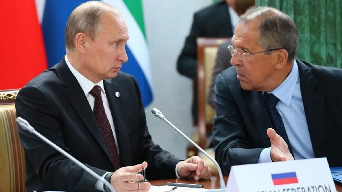 Россия морочит голову: почему Лавров противоречит Путину?