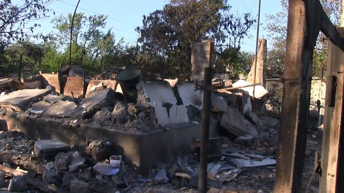 В освобожденном Южном террористы сожгли почти все дома гражданских