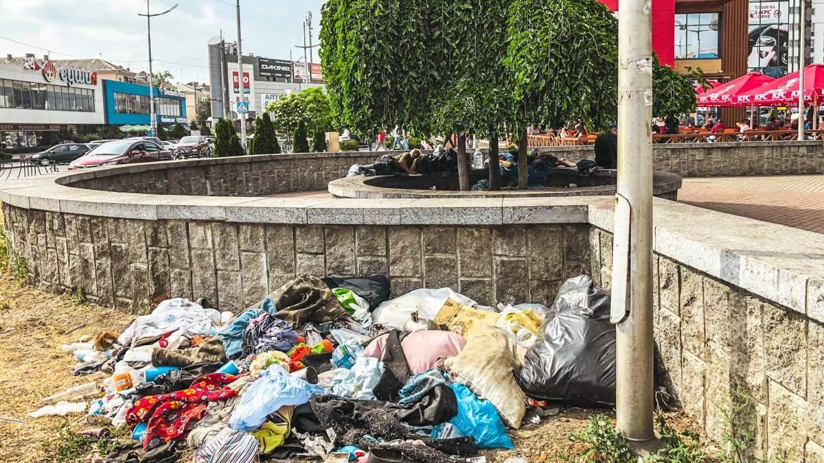 У Китєві поблизу вокзалу роми створили табір