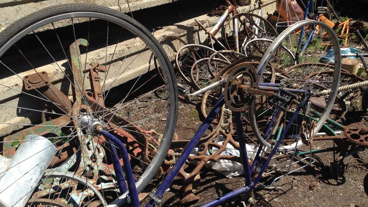 Луганск сейчас - как свалка старых велосипедов