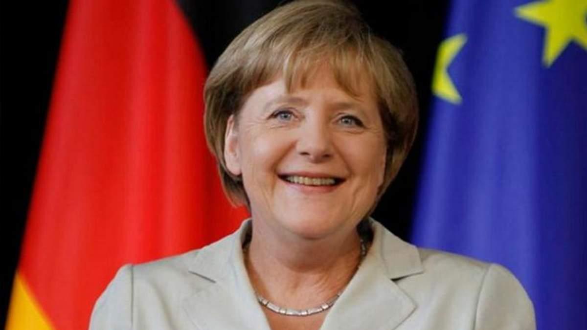 Ангела Меркель пришла к соглашению с Грецией и Испанией