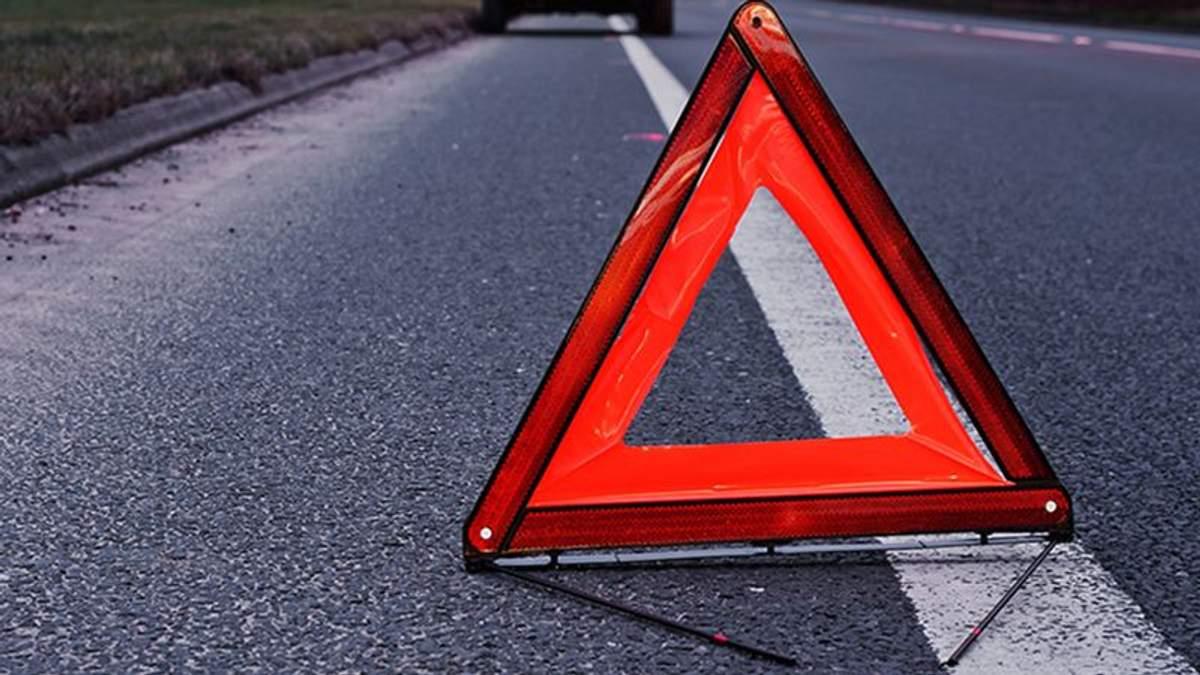 У Києві водій Volkswagen протаранив маршрутку, є постраждалі