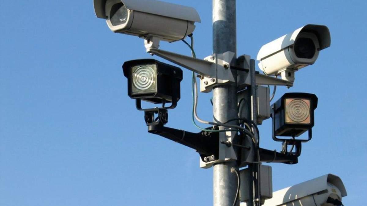 В Україні встановлять камери для фіксації порушень ПДР: коли, де і скільки
