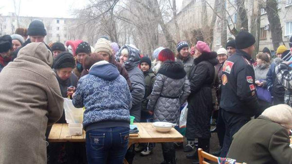 Ненависть в очередях за едой и смертельные давки за пенсией – кошмары оккупированного Луганска
