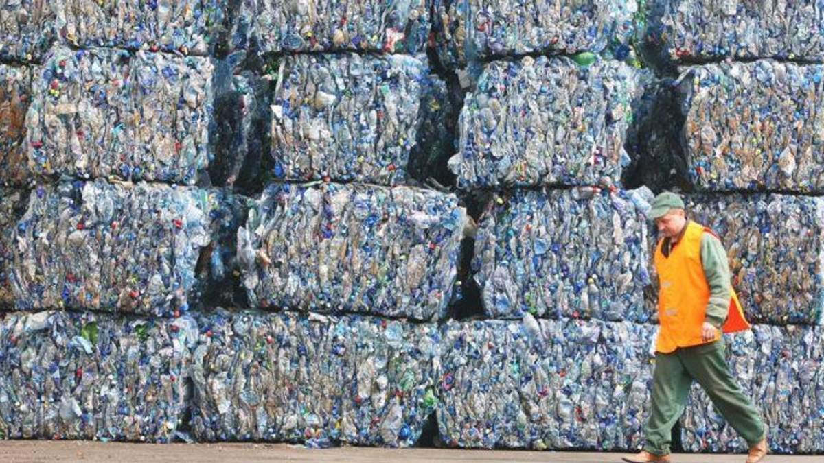 Почему для львовян будут увеличивать тариф на вывоз мусора