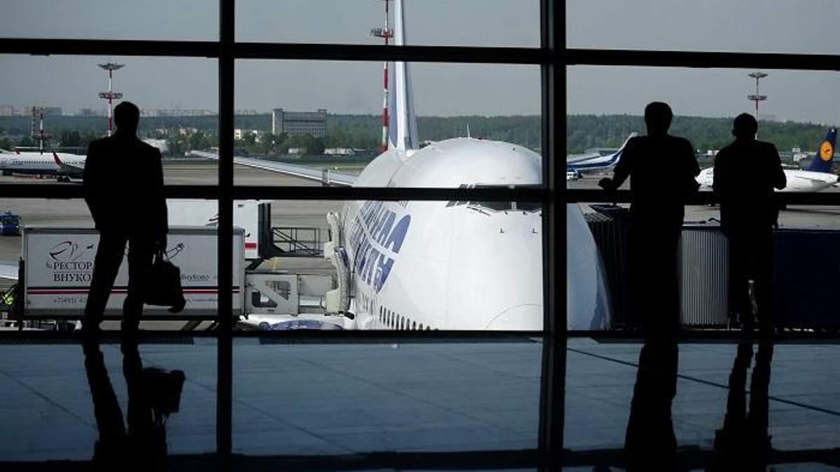 У Верховній Раді пропонують ввести значні компенсації пасажирам в разі затримки авіарейсів