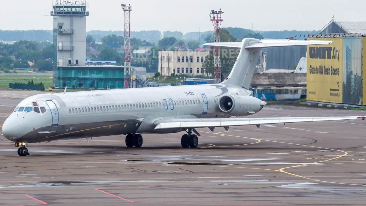 """Аварийное приземление в """"Борисполе"""": самолет попадал в экстренную ситуацию 29 июня"""