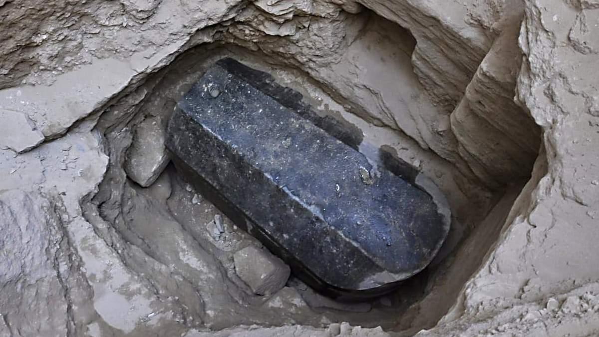В Єгипті археологи хочуть відкрити стародавній саркофаг