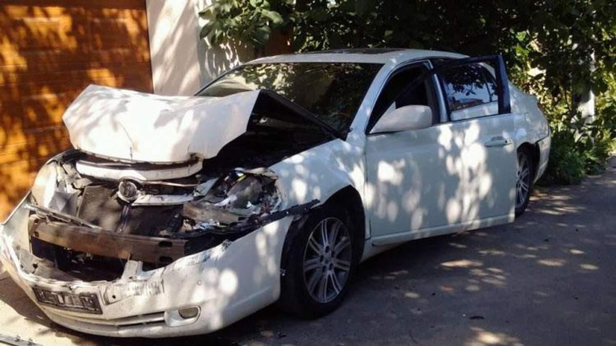В Одессе двоих активистов хотели раздавить грузовиком: фото с места событий