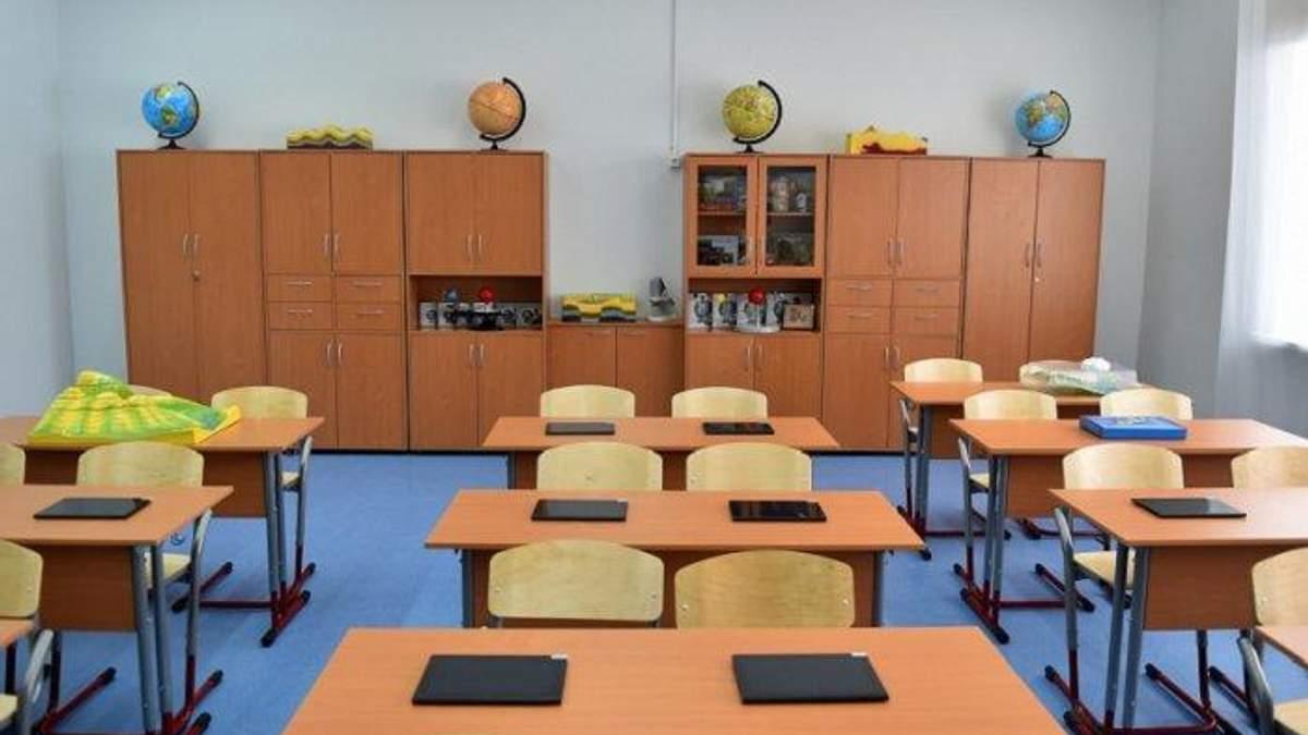 На Львівщині на території школи травмувався підліток: він випав із вікна навчального закладу