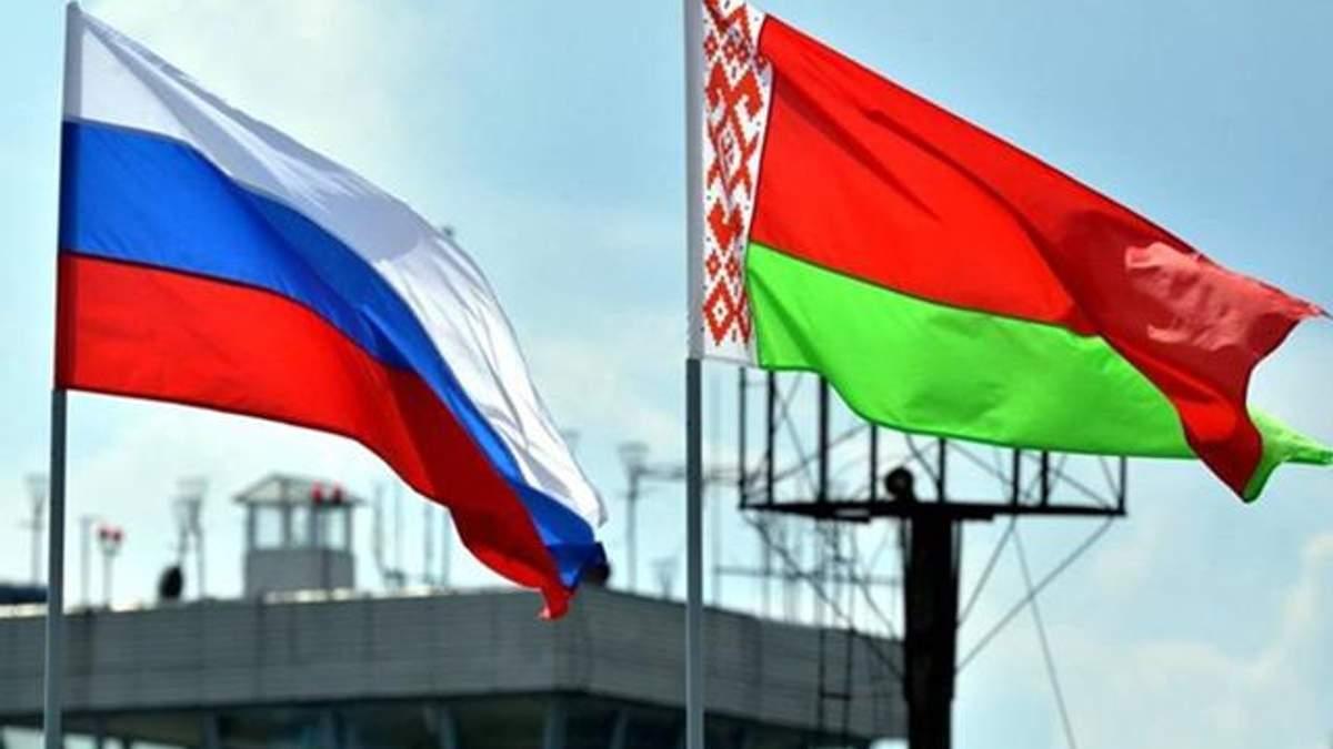 Россия планирует закрыть границу с Беларусью для иностранного транспорта