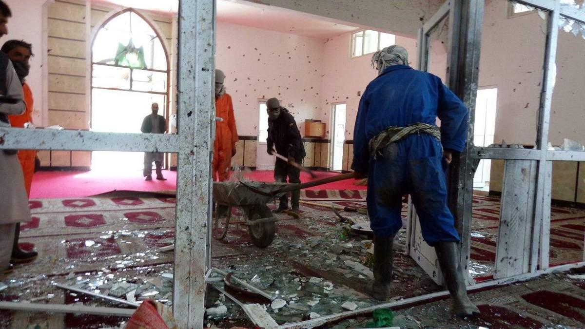 """""""Исламское государство"""" взяло на себя ответственность за теракт в мечети в Афганистане"""