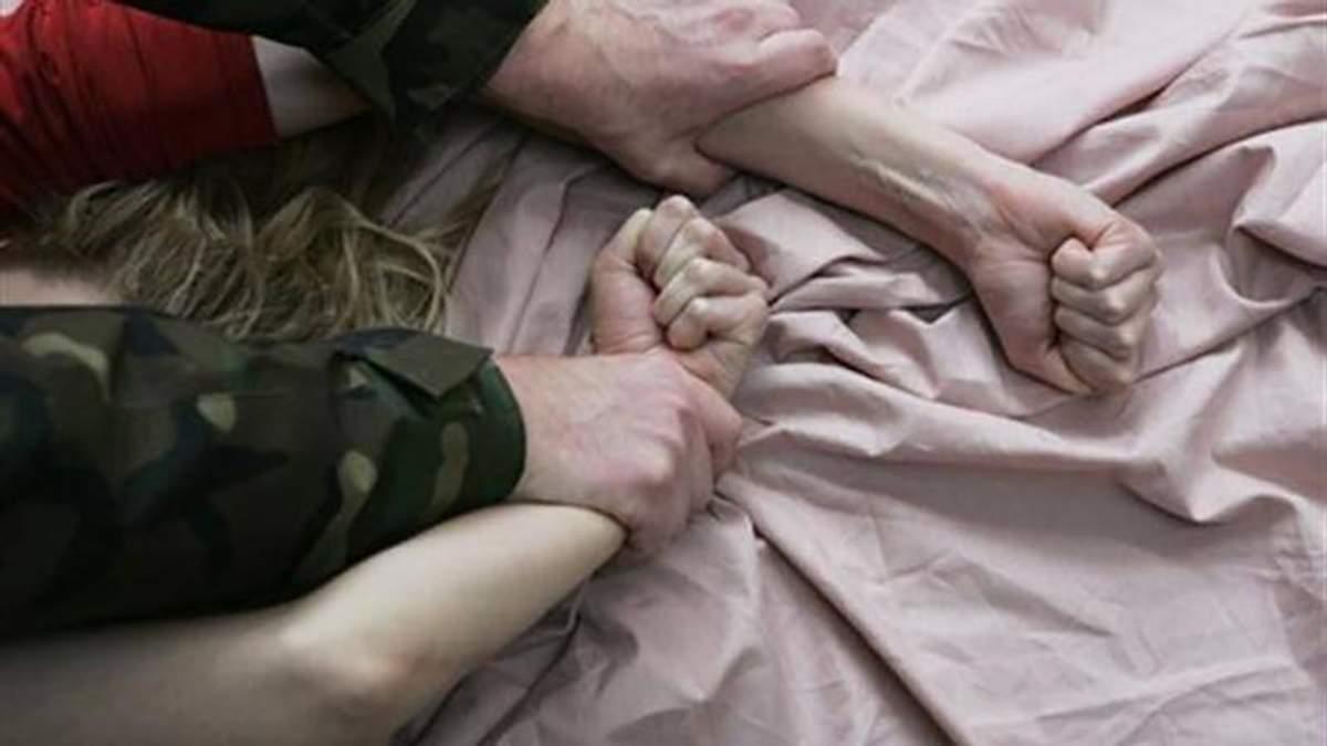 На очах у сина батько зґвалтував свою неповнолітню доньку, що має інвалідність