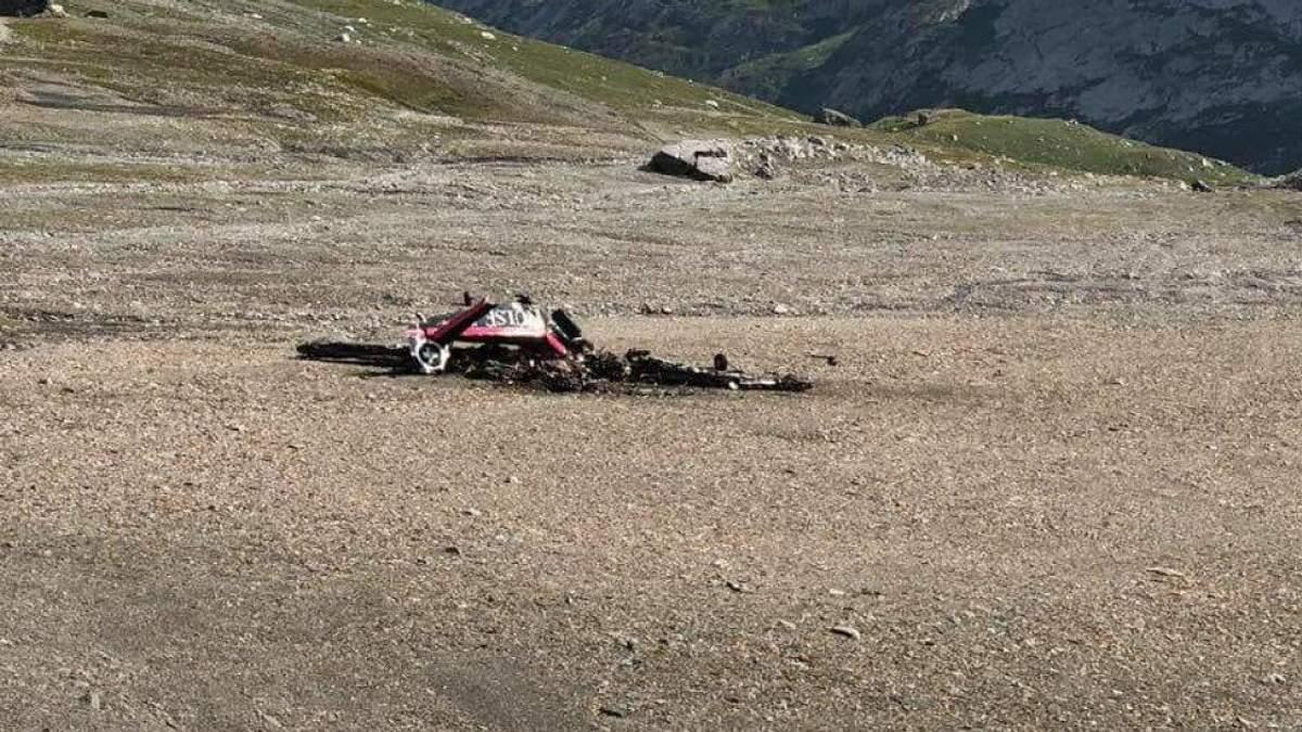 В Швейцарии в Альпах разбился экскурсионный самолет времен Второй мировой: не менее 20 погибших