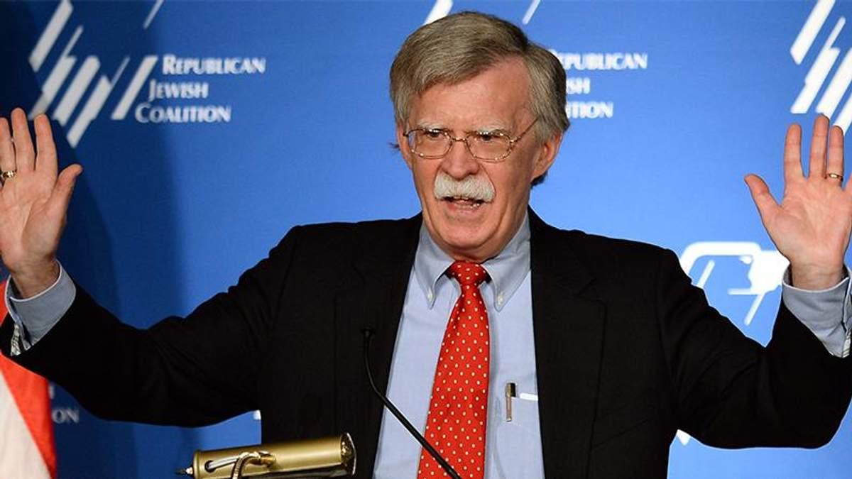 Джон Болтон заперечив причетність США до вибуху дронів