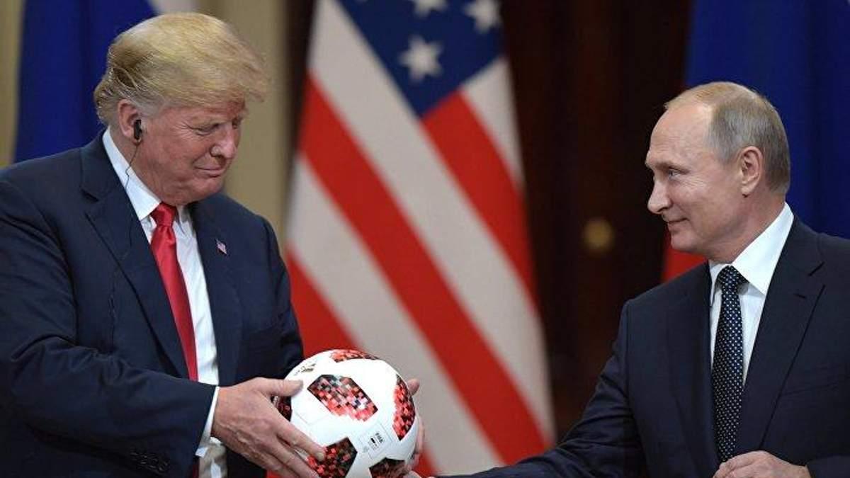 Разведка США узнала, как в России отреагировали на встречу Путина и Трампа