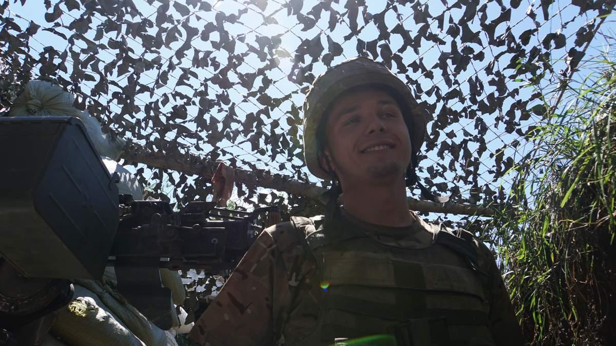 Военный 24-й отдельной механизированной бригады ВСУ Роман Карапинка / Фото: Алексей Годзенко