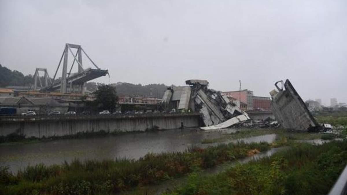 Обвал мосту в Генуї: з'явилося відео моменту страшної катастрофи
