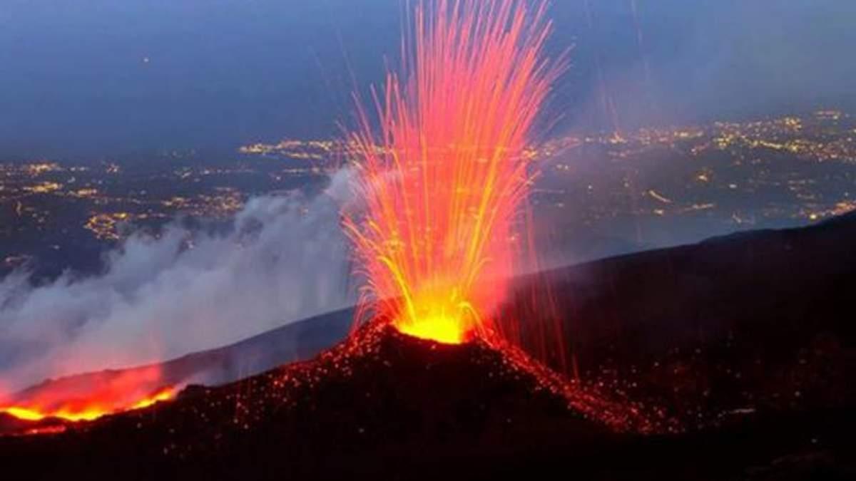 В Італії розбушувався вулкан Етна