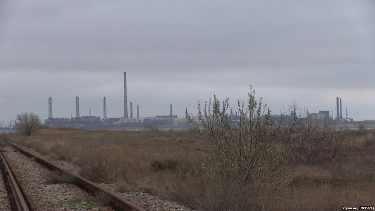Предмети за ніч вкрилися іржею: в окупованому Криму нове екологічне лихо