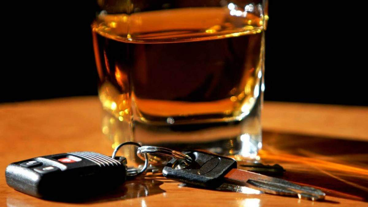 Безпорадність нової патрульної поліції: чому копи дозволяють п'яним мажорам себе принижувати  - 3 вересня 2018 - Телеканал новин 24