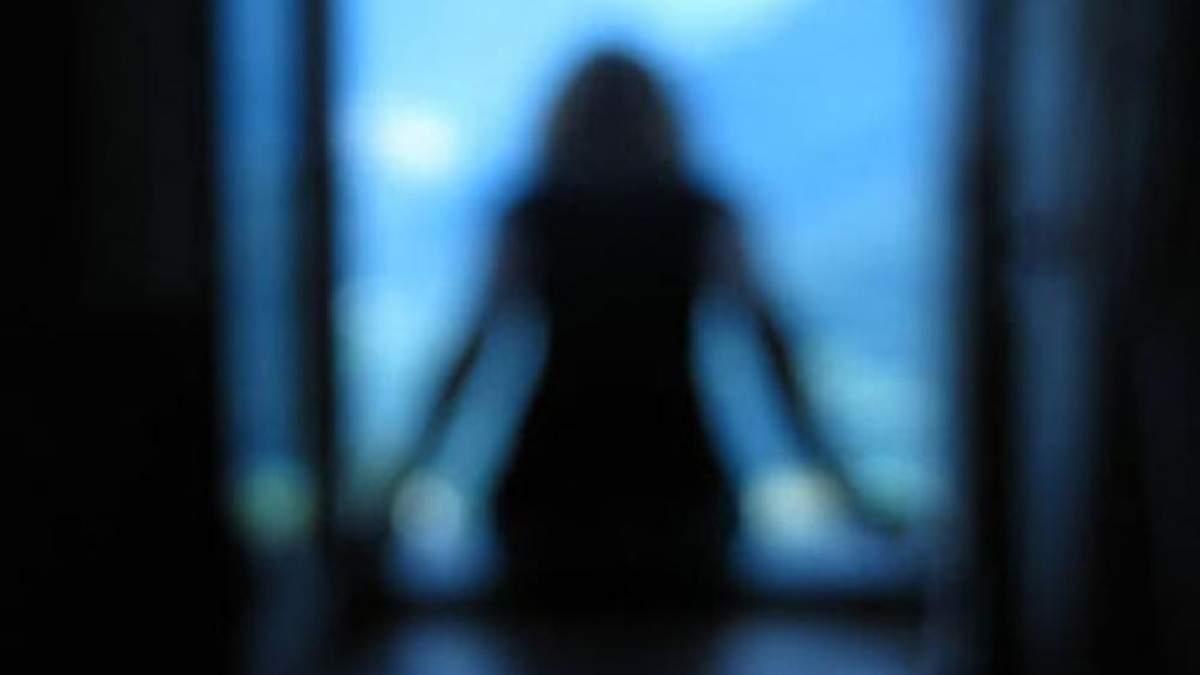 У Харкові школярка скоїла самогубство та залишила передсмертну записку