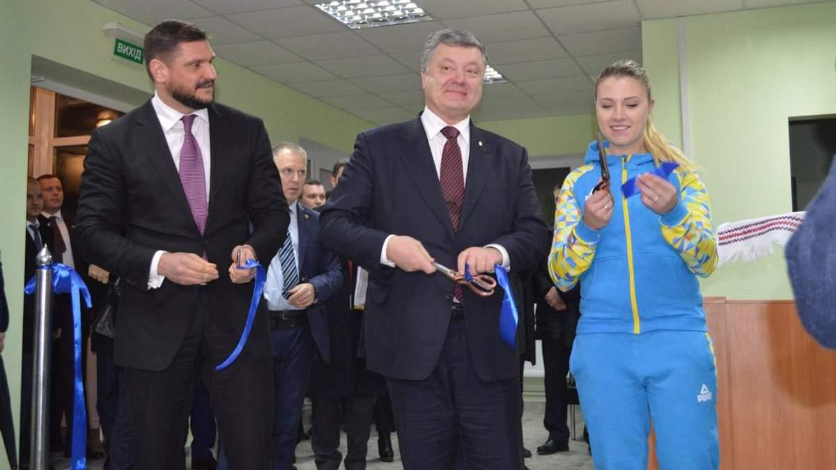 Показуха для президента, або трохи фактів про візит Порошенка на Миколаївщину - 5 вересня 2018 - Телеканал новин 24