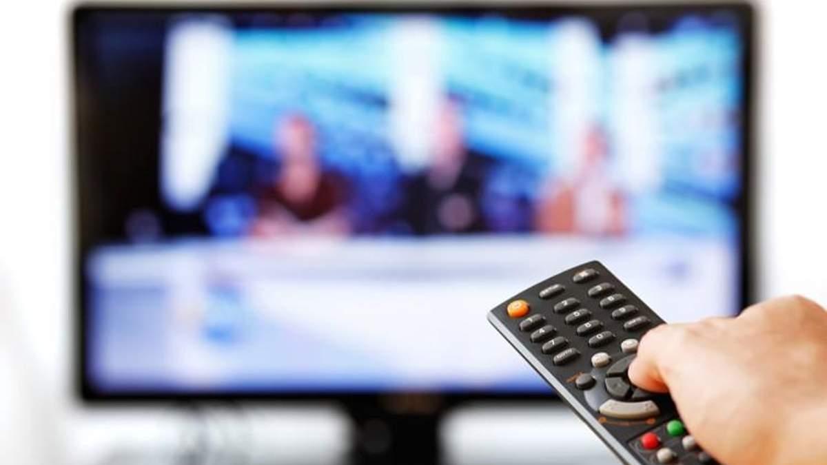 """Какие телеканалы активно пиарят """"своих"""" политиков: интересное исследование"""