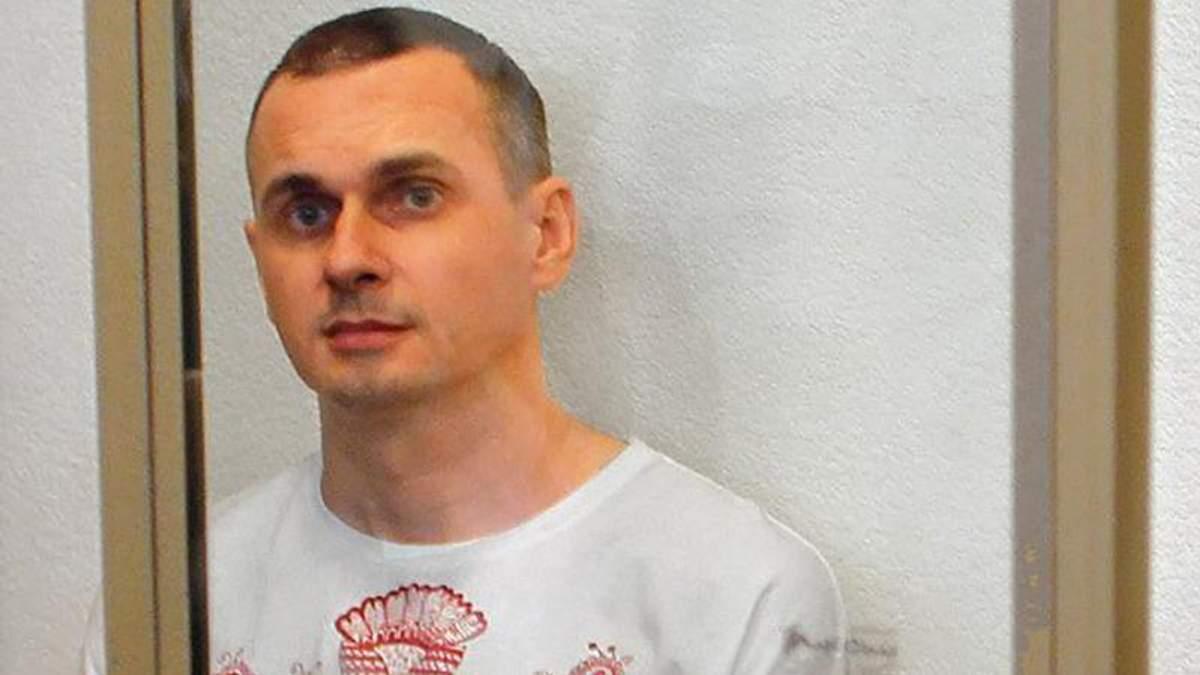 Стан  Сенцова – важкий, але голодування він припиняти не збирається, – адвокат  Дінзе