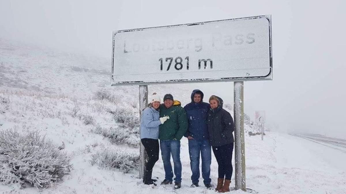 Південь Африки засипало густим снігом