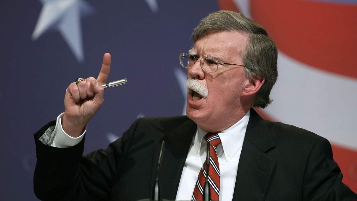 Джон Болтон пригрозил Международному уголовному суду в Гааге санкциями