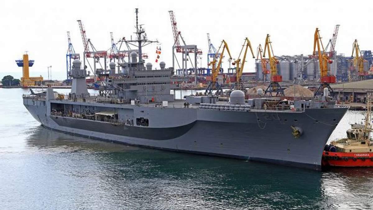 В порту Одессы застряли моряки