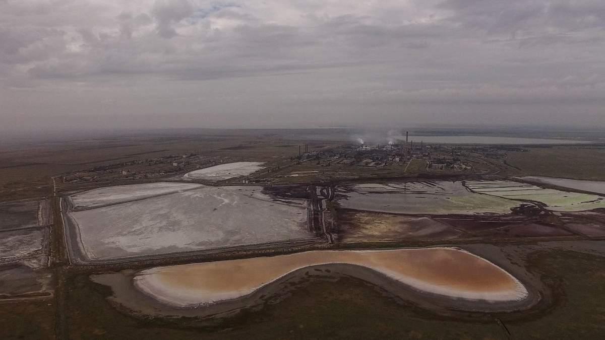 """В сети появились жуткие фото печально известного завода """"Титан"""""""