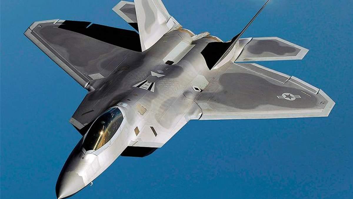 Винищувач F-22 Raptor