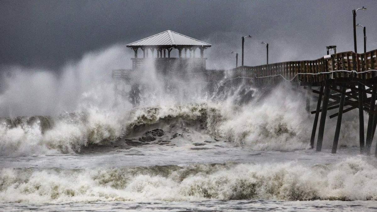 """Ураган """"Флоренс"""""""