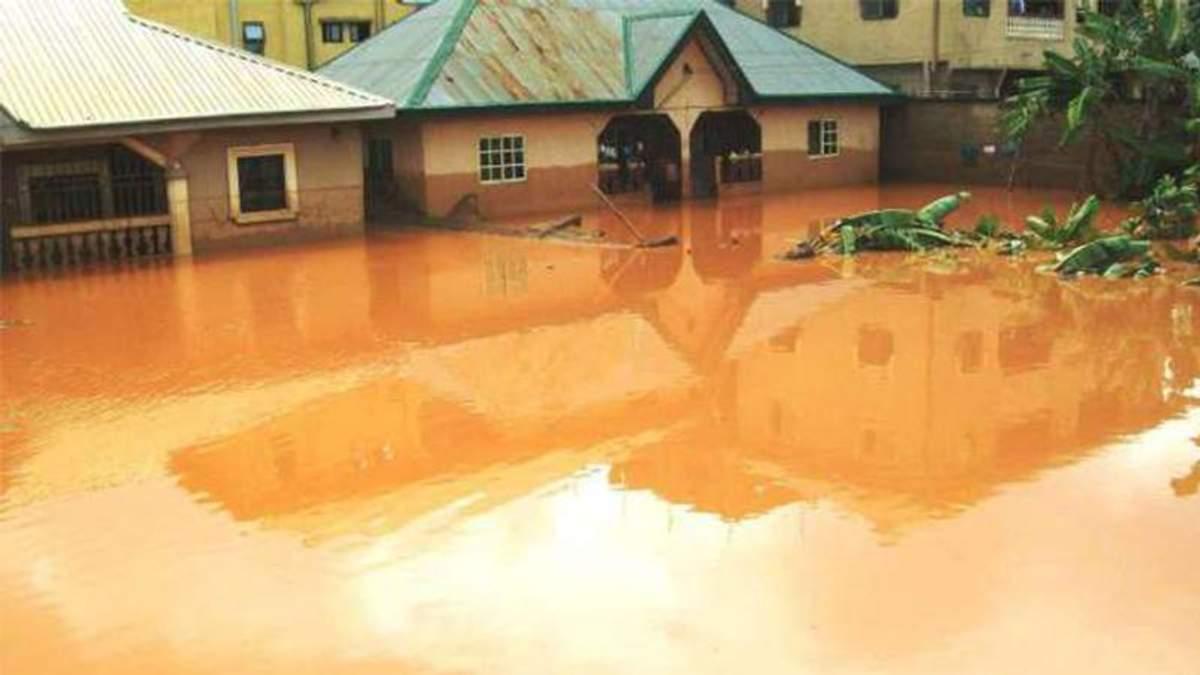 В результате наводнений в Нигерии погибли свыше 100 человек
