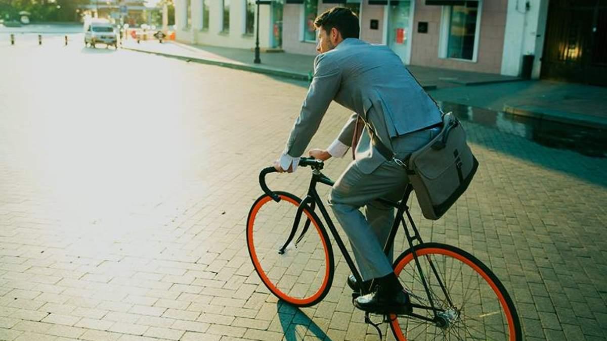"""Всюди завжди встигаєш: українці поділились враженнями від участі в акції """"Велосипедом на роботу"""""""