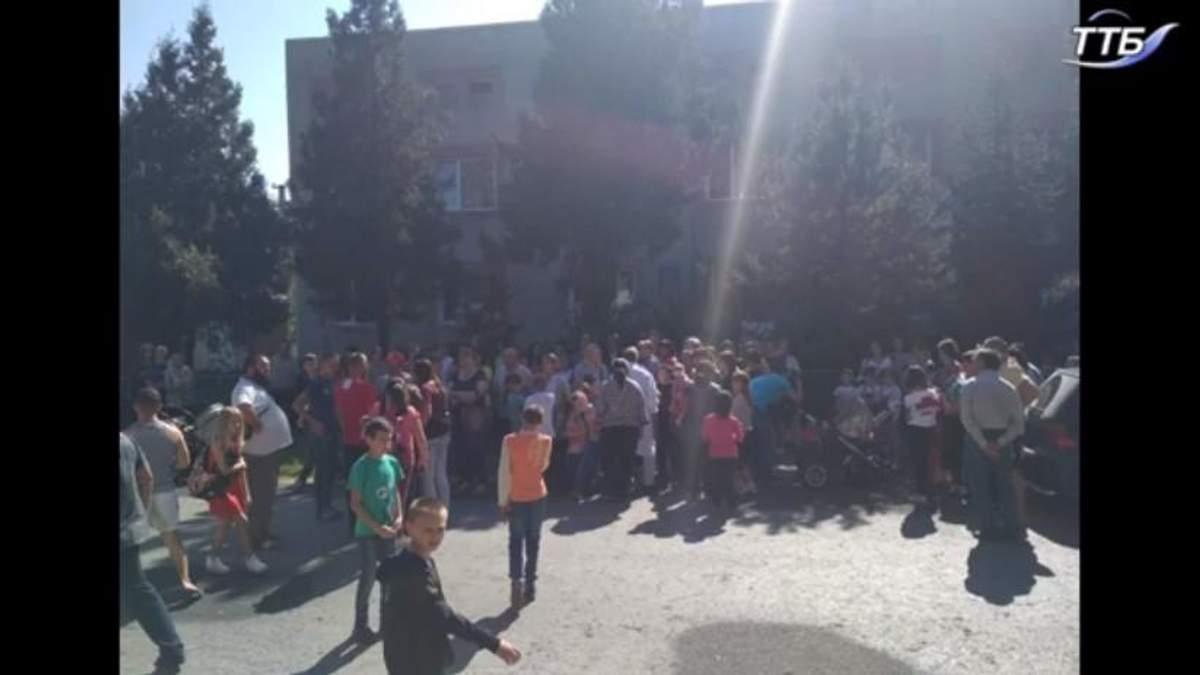 Массовое отравление на Тернопольщине: число пострадавших снова возросло,  среди них много детей