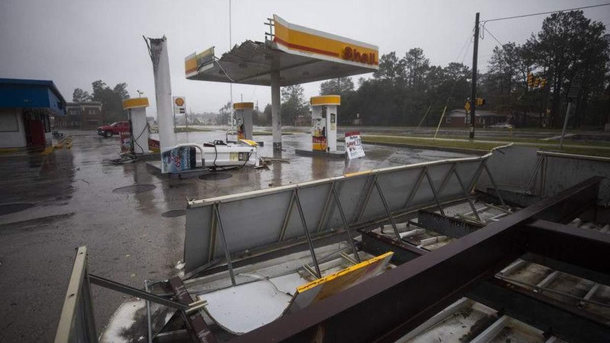 """Кількість жертв від страшного урагану """"Флоренс"""" вже сягнула 43 людини"""
