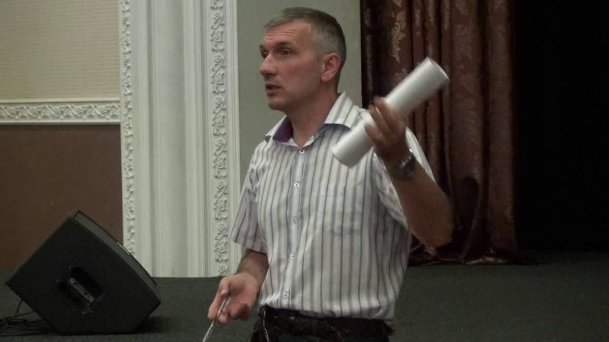 Неизвестные совершили вооруженное нападение на активиста Михайлика в Одессе