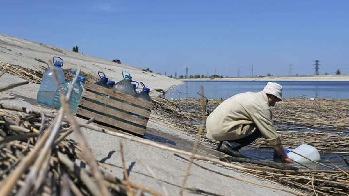 В оккупированном Крыму бьют тревогу: не хватает питьевой воды