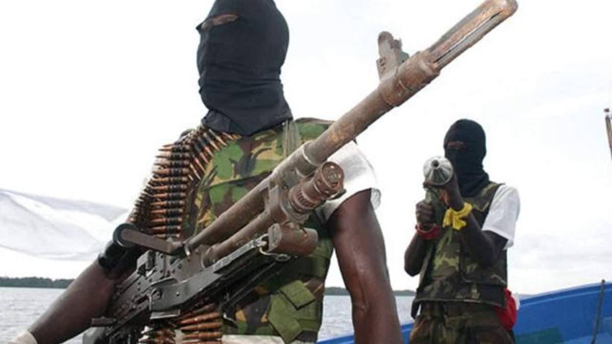 В МИД подтвердили, что украинец попал в плен к пиратам возле Нигерии