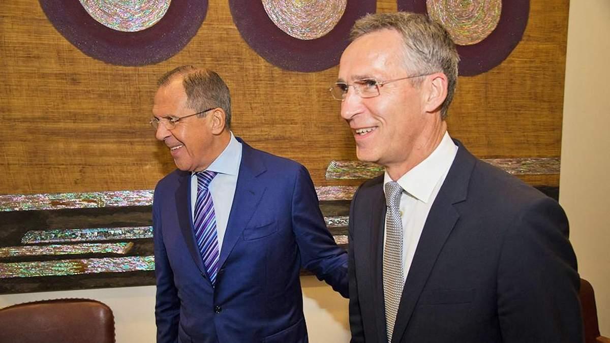 Генсек НАТО и Лавров встретились и обсудили Украину