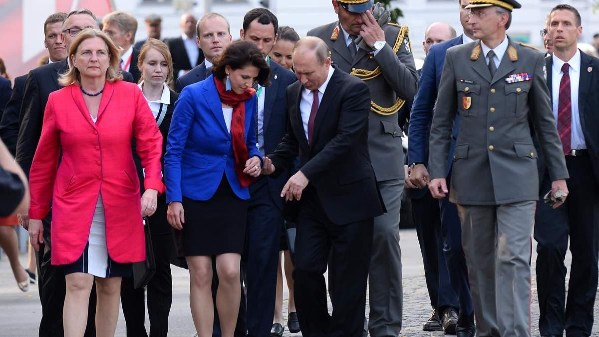 Окрім Путіна, на весілля я запросила ще одного іноземного гостя, – очільниця МЗС Австрії