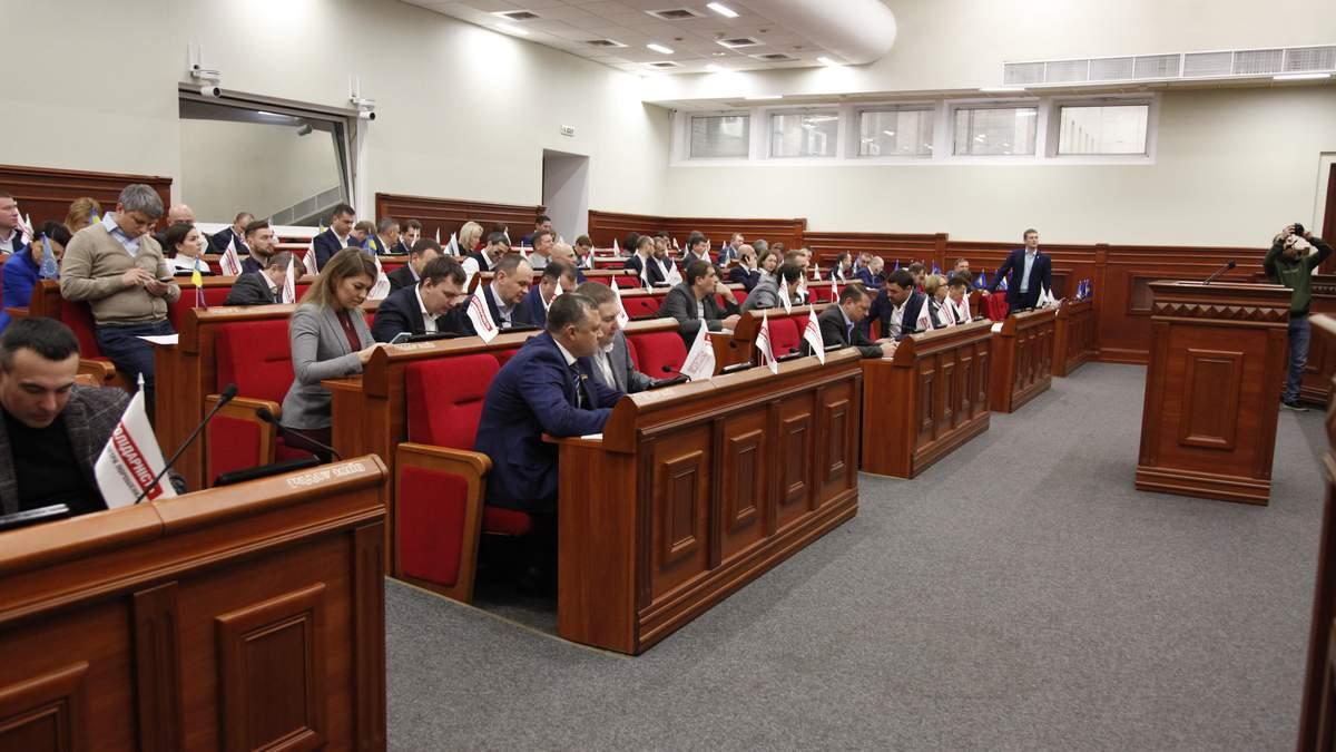 Киевсовет поддержал инициативу Кличко обустроить паркоместа для 125 тысяч автомобилистов