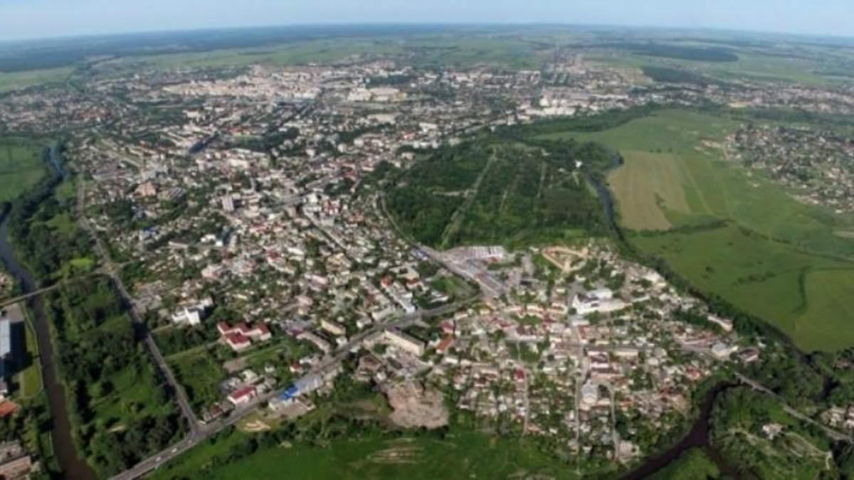Экологическая катастрофа в Луцке: люди жалуются на проблемы со здоровьем и неприятный запах