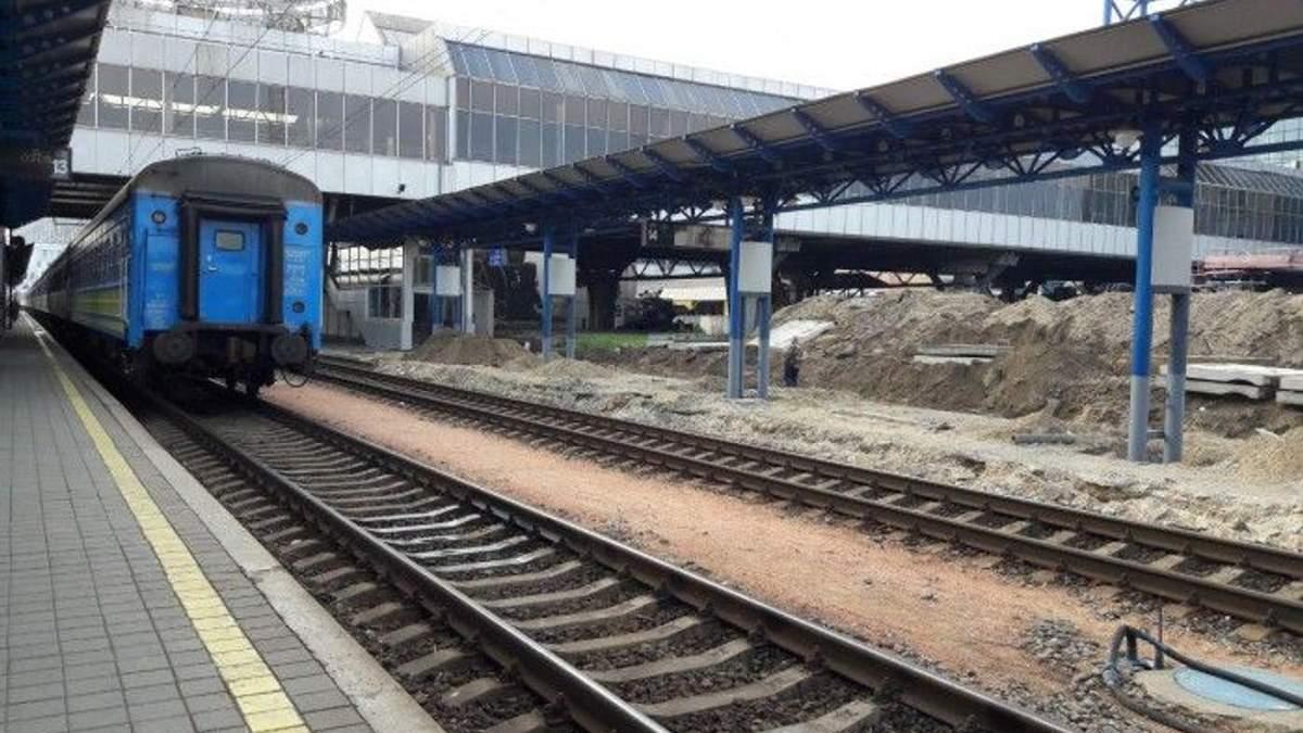"""С Центрального вокзала Киева будут ходить поезда в аэропорт """"Борисполь"""""""